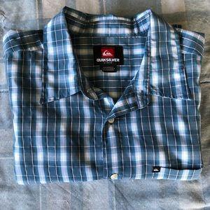 Quiksilver Shirts - Quicksilver Checked Short Sleeve Button Shirt EUC